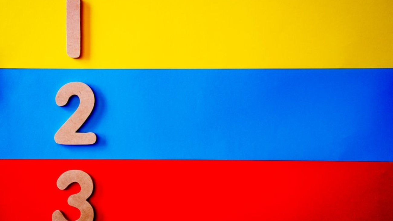 blue-red-and-yellow-stripe-surface-1329297